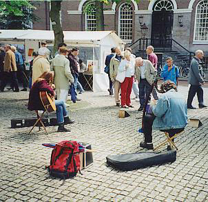 Summer 2001, at the artmarket on the Spui-square in Amsterdam, where we play practically every Sunday...